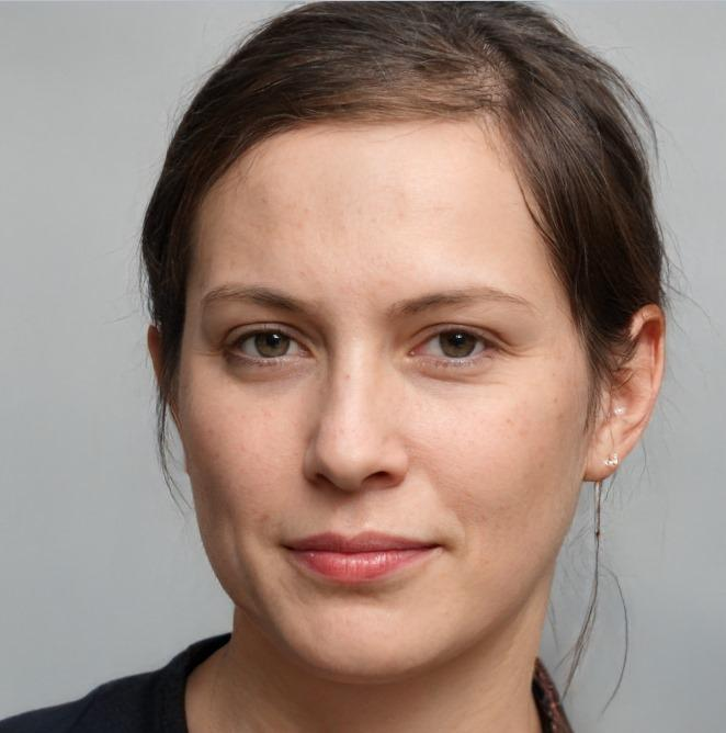 Лиза Тинькова